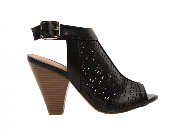 Enfleda Black Shoes
