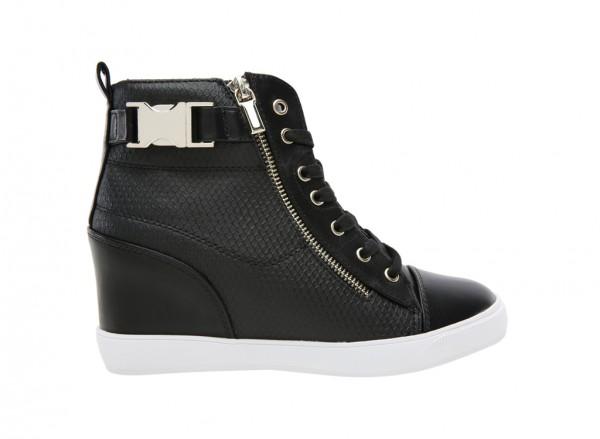 Hickmott Black Shoes