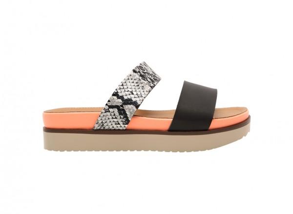 Firasa Black Sandals