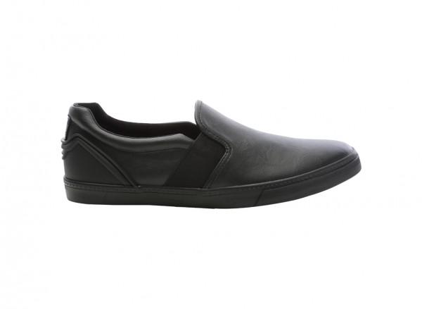 Etunia Black Loafers