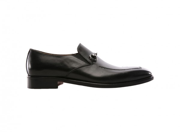 Noble Title Black Loafers