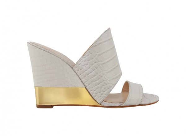 Nwaniya White Wedge