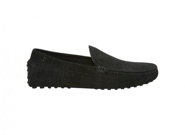 حذاء لوفر بلون أسود