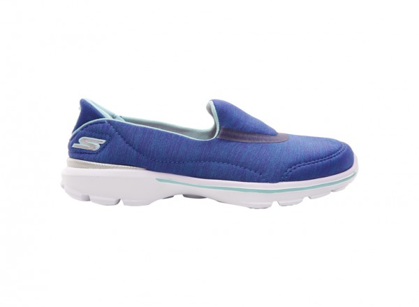 حذاء غو ووك 3 لون أزرق