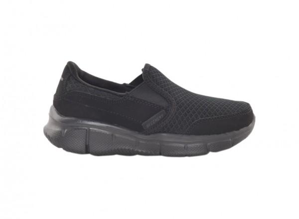 حذاء ايكوالايزر لون أسود